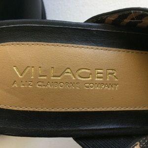Liz Claiborne Shoes - Liz Claiborne Villagers Black Mules Size 10M